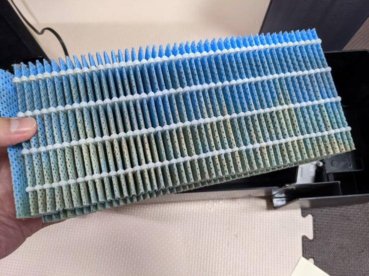 1年間使用したRX518の抗菌気化フィルター