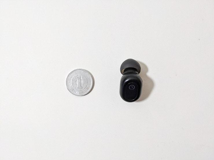 1円玉並みに小さいFlybuds1