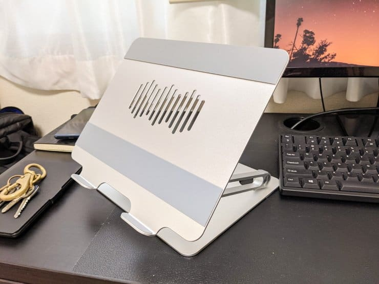 EPNのノートPCスタンド