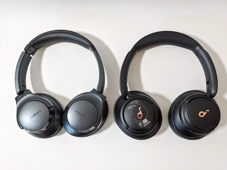 Soundcore Life Q30とLife Q20のデザインを比較した様子