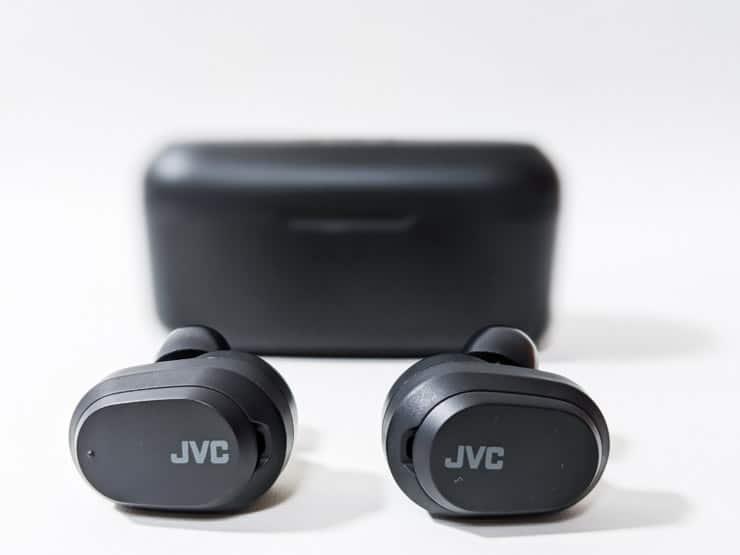 【JVC HA-A50Tレビュー】1万円以下でノイズキャンセリングが使えて低反発イヤーピースも付属しているケンウッド製高音質完全ワイヤレスイヤホン
