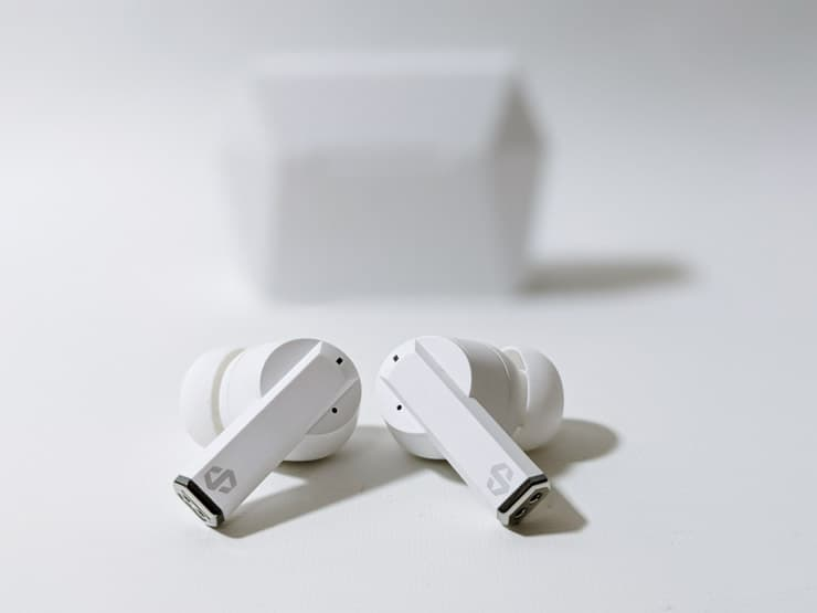 dyplay ANC Pods