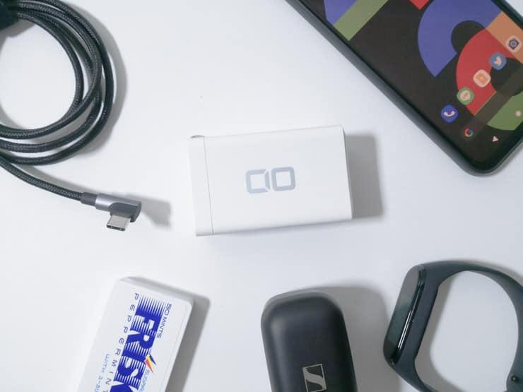 GaN(窒化ガリウム)搭載のCIOの3ポート充電器LilNob をレビュー。ノートPCもスマホもコレ1台で急速充電