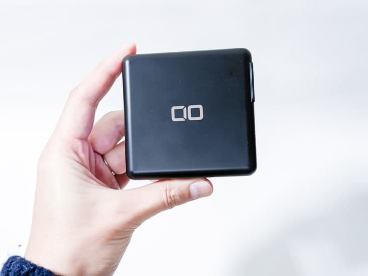 CIOのSuperMobileChargerをレビュー。Qi充電もモバイルバッテリーもAC充電器もコレ1つで