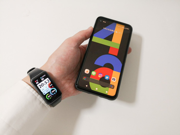 Huawei Band 6とGoogle Pixel4a