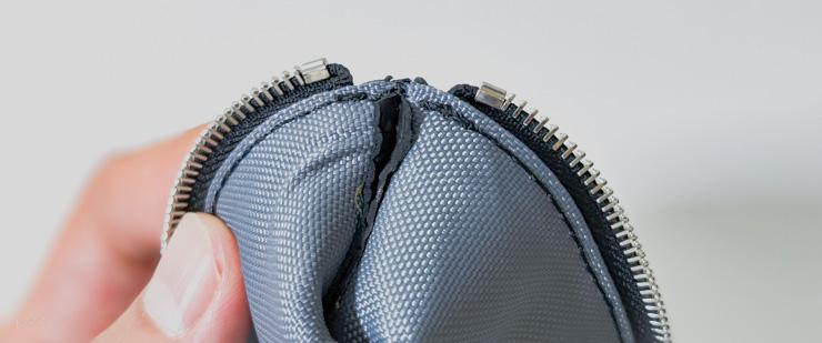 見えない細部までしっかりと縫製されている