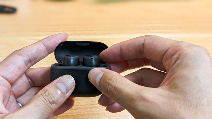 使い勝手のいい左右同時接続に対応。片耳ー両耳への移行がノンストップ